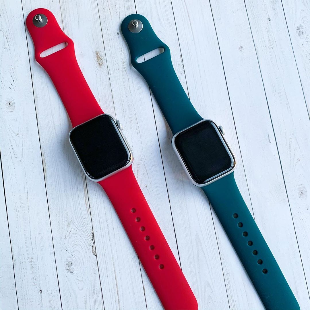 Soft Silicone Sport Apple Watch Bands,two colors